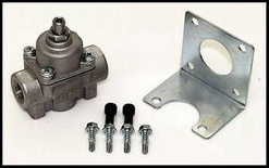 Quick Fuel Cast LOW Pressure Fuel Regulator, 1-4 PSI, Part # 30-804